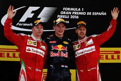 Max Verstappen, Red Bull Racing, Kimi Raikkonen, Scuderia Ferrari en Sebastian Vettel, Scuderia Ferrari vieren
