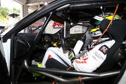 #3 Nddp Racing Nissan GT-R Nismo GT3: Kazuki Hoshino