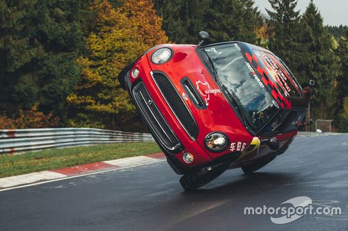 Vuelta en Nordschleife en dos ruedas