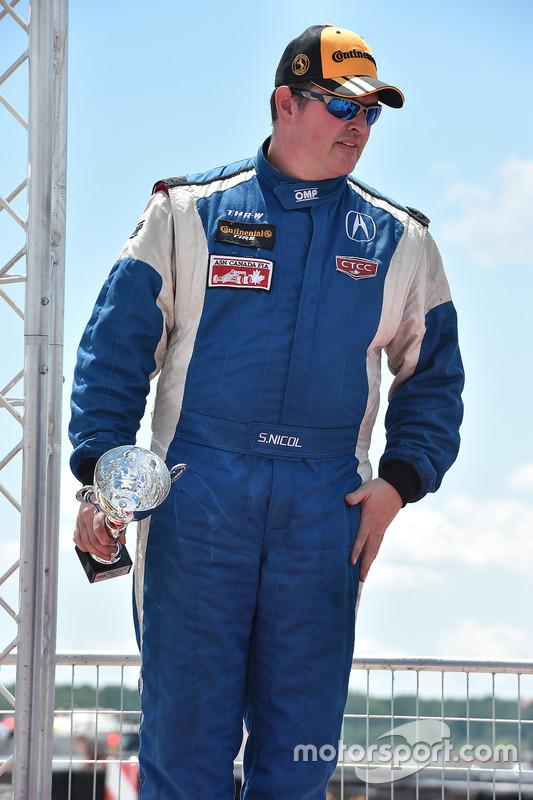 Deuxième place, Scott Nicol