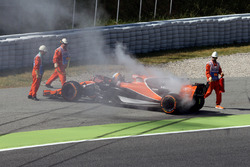Fernando Alonso, McLaren MCL32 stops on track in FP1