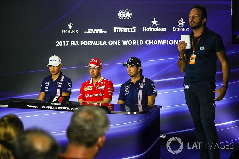 Естебан Окон, Sahara Force India, Себастьян Феттель, Ferrari, Серхіо Перес, Sahara Force India, медіа-делегат FIA Маттео Бончіані