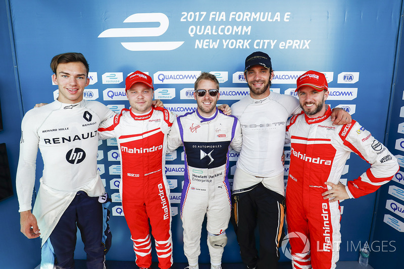 Pierre Gasly, Renault e.Dams, Felix Rosenqvist, Mahindra Racing, Sam Bird, DS Virgin Racing, Jean-Eric Vergne, Techeetah, and Nick Heidfeld, Mahindra Racing, después de la calificación