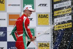 Podium: third place Maximilian Günther, Prema Powerteam, Dallara F317 – Mercedes-Benz