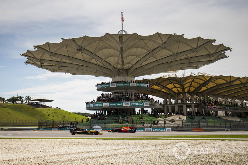 Макс Ферстаппен, Red Bull Racing RB13, Джоліон Палмер, Renault Sport F1 Team RS17