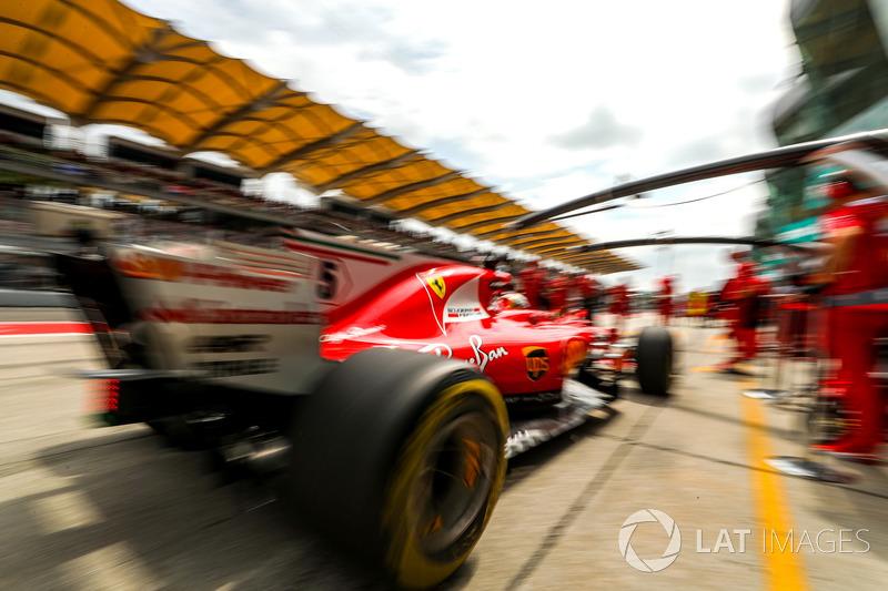 Sebastian Vettel, Ferrari SF70H pit stop antrenmanı