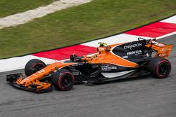 Temporada 2017 F1-malaysian-gp-2017-stoffel-vandoorne-mclaren-mcl32