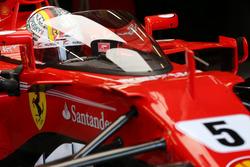Sebastian Vettel, Ferrari SF70H, cockpit shield
