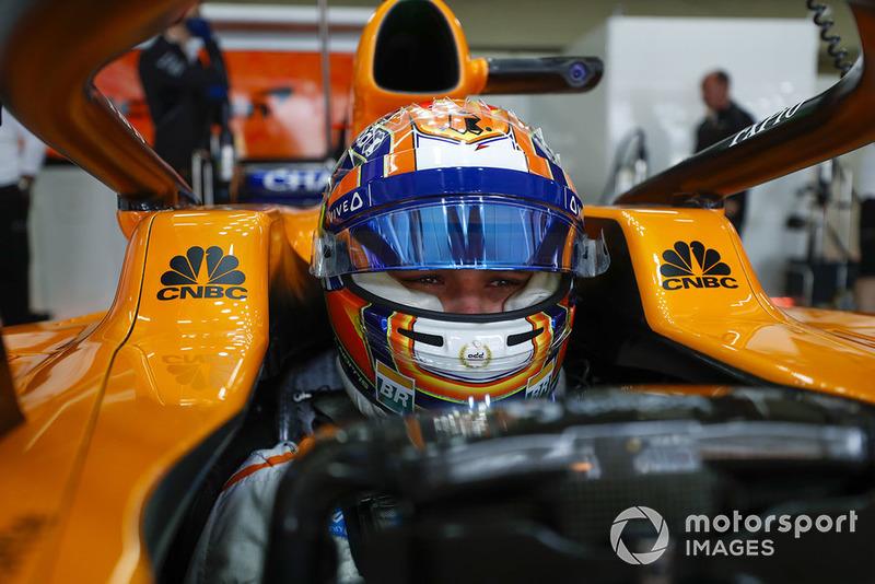 Lando Norris, McLaren, dans son cockpit
