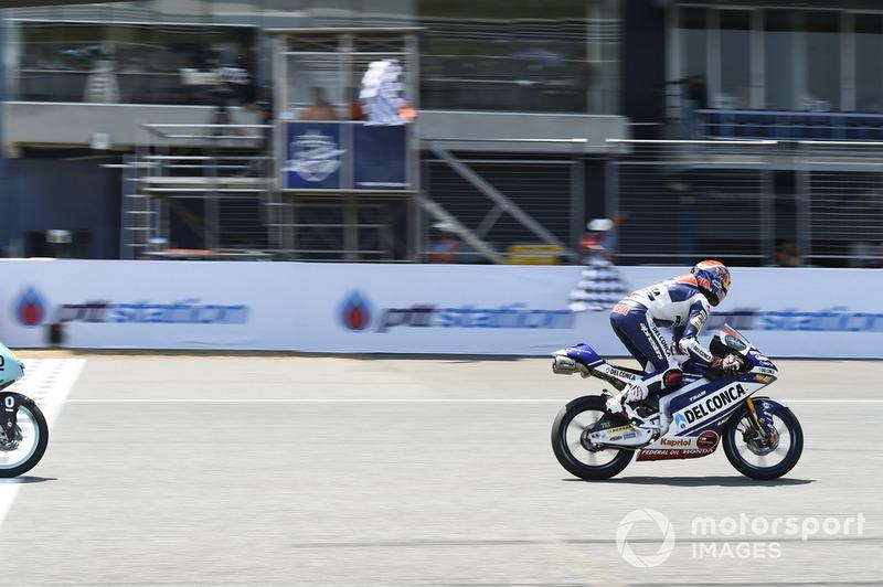Fabio Di Giannantonio, Del Conca Gresini Racing Moto3, gana la carrera