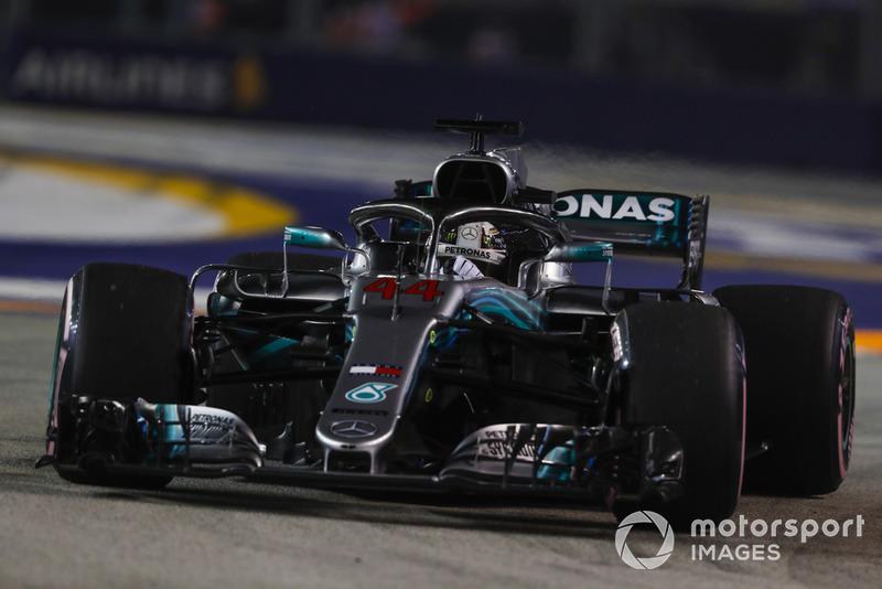 1: Льюис Хэмилтон, Mercedes AMG F1 W09 EQ Power+