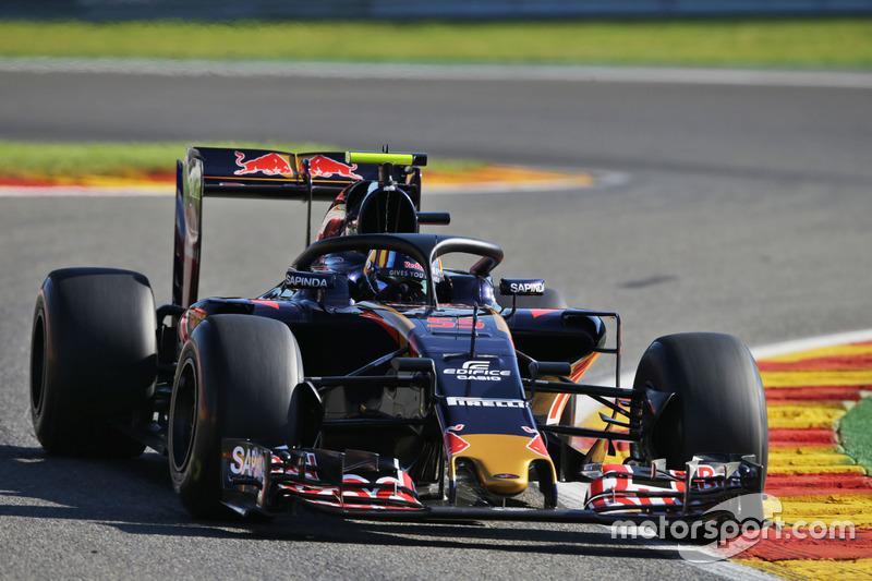 Carlos Sainz Jr., Scuderia Toro Rosso STR11 Halo kokpit ile