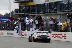 #18 Schubert Motorsport, BMW M6 GT3: Augusto Farfus, Jesse Krohn, Jörg Müller, Marco Wittmann