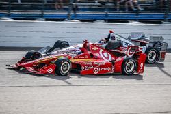 Scott Dixon, Chip Ganassi Racing, Chevrolet; Will Power, Team Penske, Chevrolet