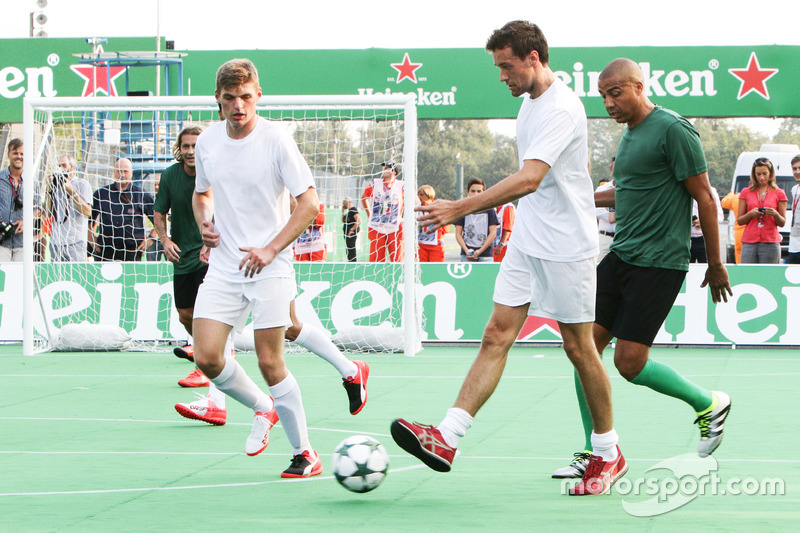 Jolyon Palmer, Renault Sport F1 Team and Max Verstappen, Red Bull Racing at the charity 5-a-side foo