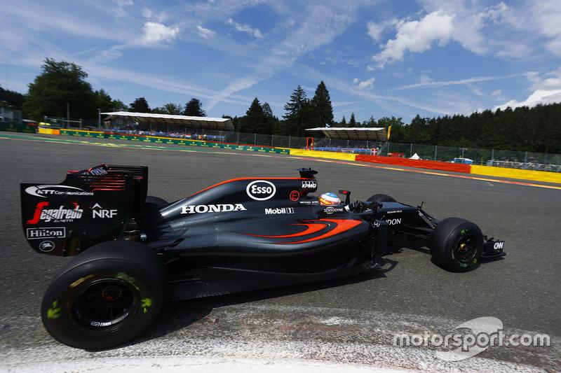 Fernando Alonso, McLaren in pista