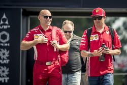 Kimi Raikkonen, Ferrari with his trainer Mark Arnall