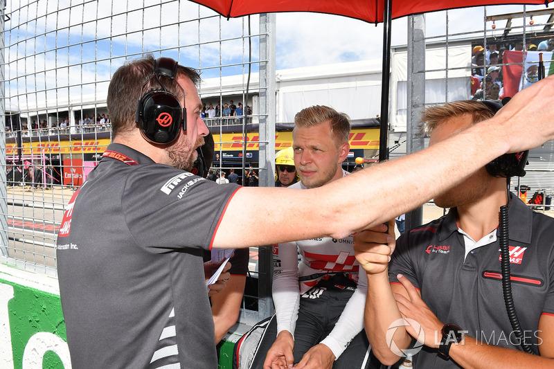 Kevin Magnussen, Haas F1, in griglia