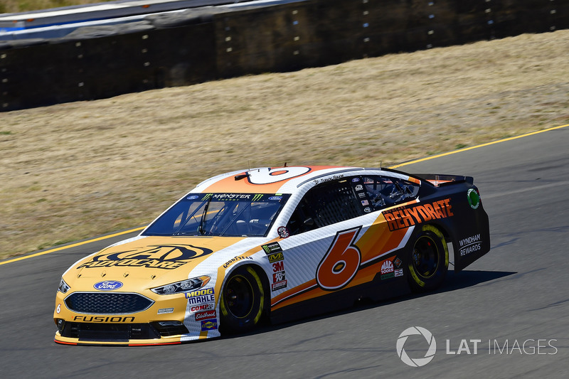 13. Trevor Bayne, Roush Fenway Racing, Ford Fusion AdvoCare Rehydrate