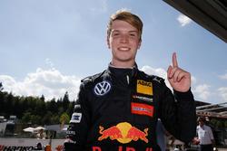 Race winnaar Dan Ticktum, Motopark Dallara F317 - Volkswagen