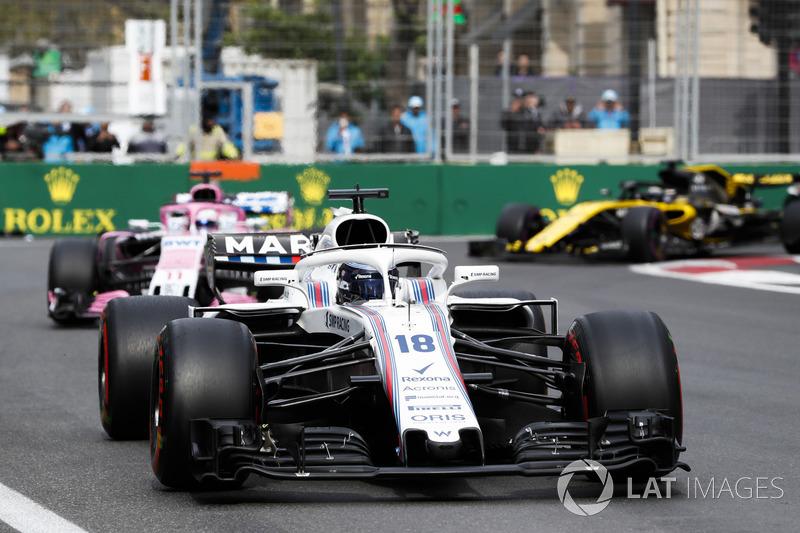 Lance Stroll, Williams FW41 Mercedes, Sergio Perez, Force India VJM11 Mercedes, y Nico Hulkenberg, Renault Sport F1 Team R.S. 18