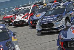 Foto de grupo de coches