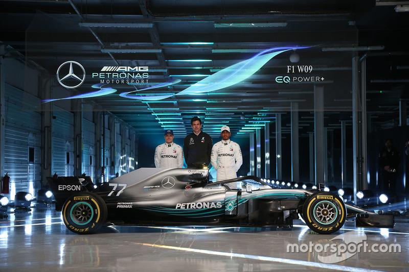 Presentación del nuevo coche