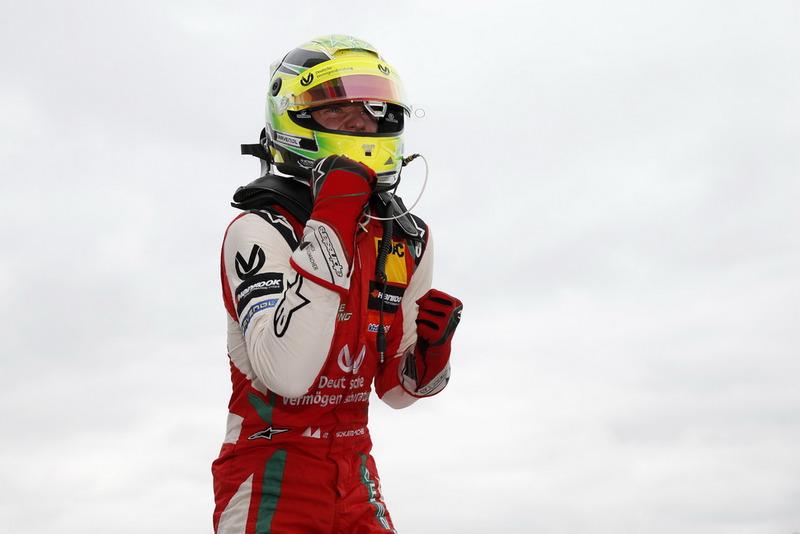 Ganador Mick Schumacher, PREMA Theodore Racing Dallara F317 - Mercedes-Benz