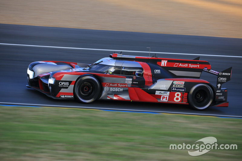 Лукас ди Грасси, Лоик Дюваль, Оливер Джарвис, #8 Audi Sport Team Joest Audi R18 e-tron quattro