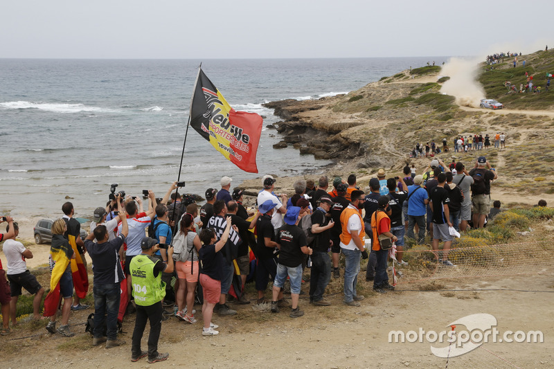 Tifosi di Thierry Neuville, Nicolas Gilsoul, Hyundai i20 WRC, Hyundai Motorsport