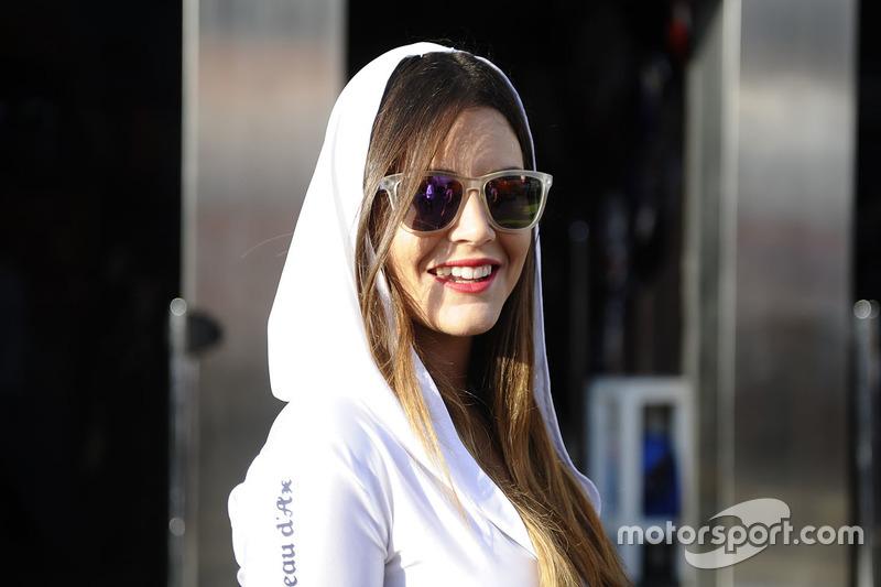 Grid girl Avintia Racing