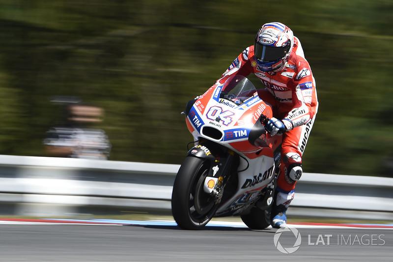 Андреа Довіціозо, Ducati Team, на гальмуванні