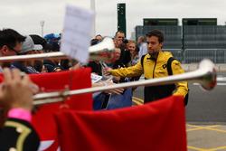 Jolyon Palmer, Renault Sport F1 Team and fans