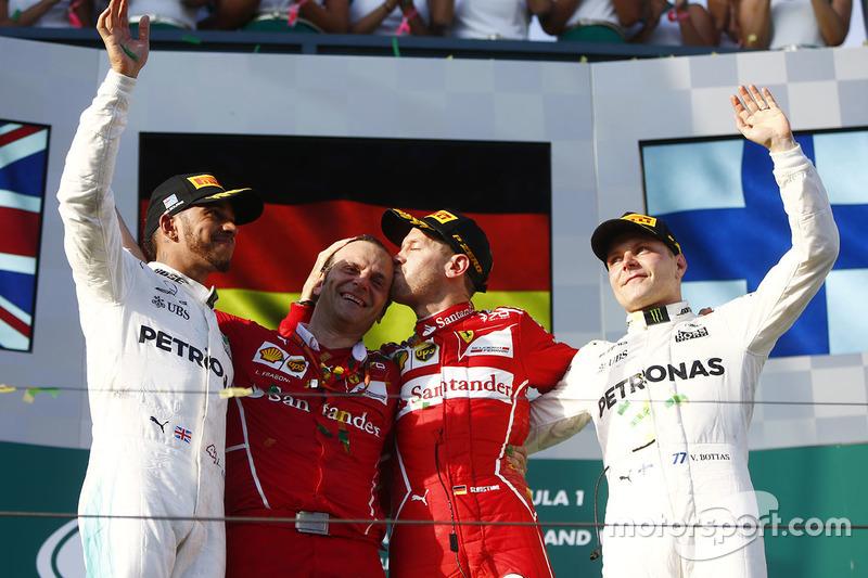 Podio: Sebastian Vettel, Ferrari, Lewis Hamilton, Mercedes AMG F1, Valtteri Bottas, Mercedes AMG F1, Luigi Fraboni, Ferrari