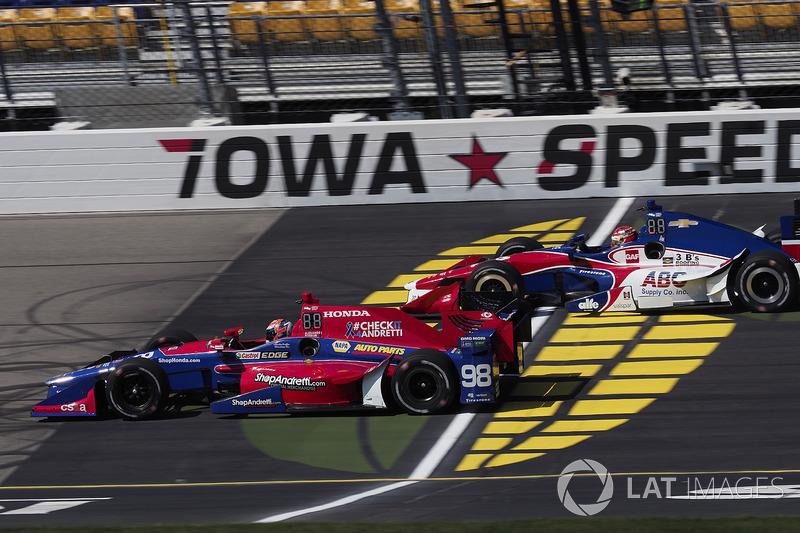 Alexander Rossi, Herta - Andretti Autosport Honda, Carlos Munoz, A.J. Foyt Enterprises Chevrolet