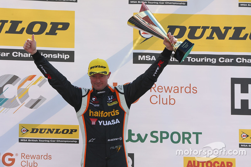 2. Gordon Shedden, Halfords Yuasa Racing, Honda Civic Type R