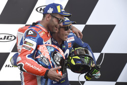 Podium: second place Danilo Petrucci, Pramac Racing, third place Valentino Rossi, Yamaha Factory Racing
