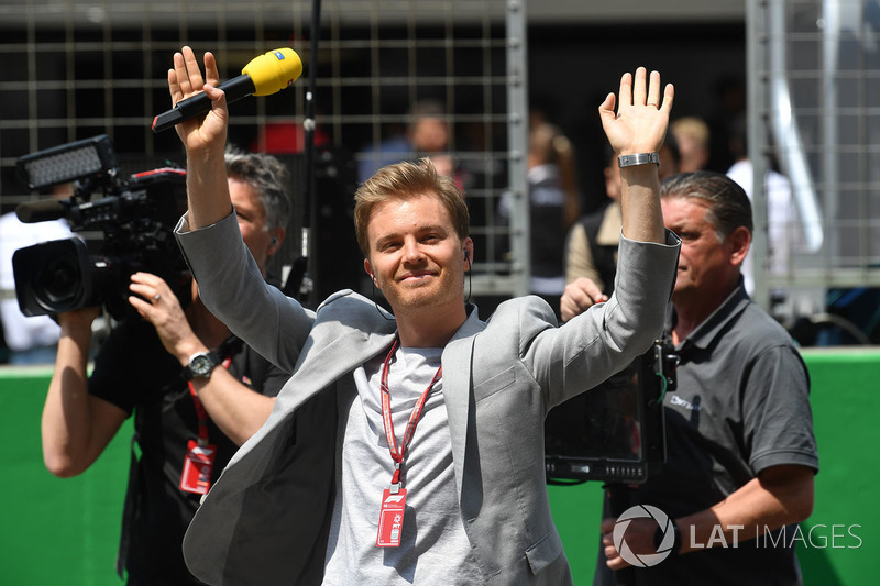 Nico Rosberg, Mercedes-Benz Ambassador on the grid