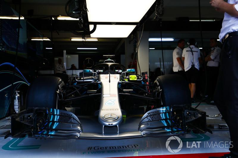 Mobil Lewis Hamilton, Mercedes AMG F1 W09