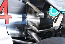 Выхлопная труба Mercedes AMG F1 W09