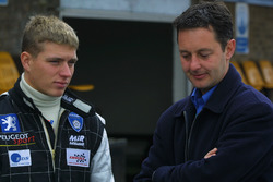 Ronnie Bremer talks with his manager Piers Hunnisett