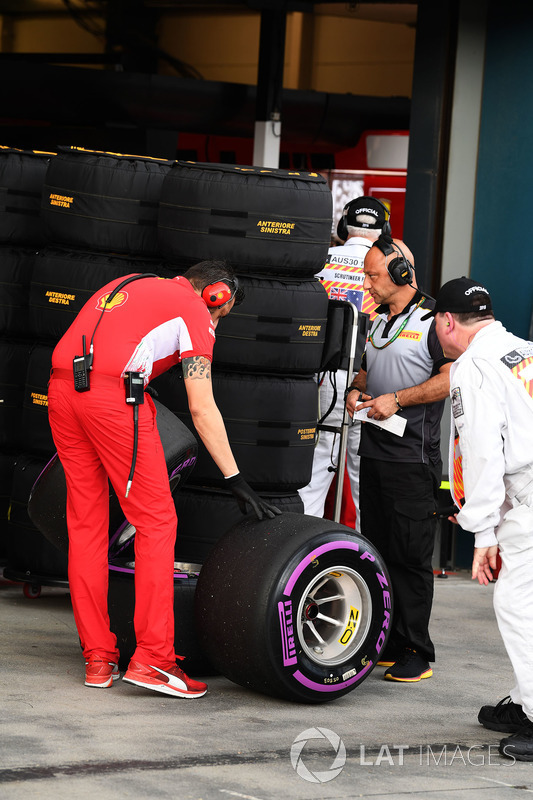 Ferrari Engineer and Pirelli tyres