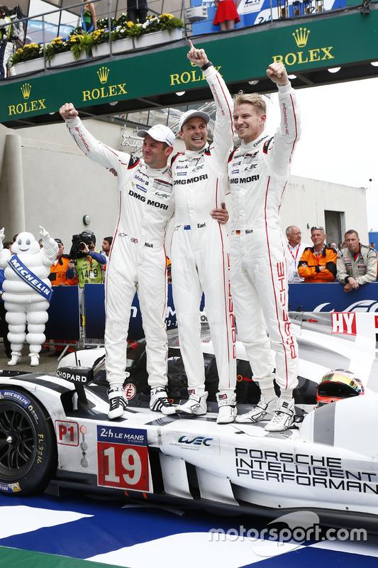 #19 Porsche Team, Porsche 919 Hybrid, Nick Tandy, Earl Bamber, Nico Huelkenberg