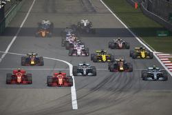 Sebastian Vettel, Ferrari SF71H, Kimi Raikkonen, Ferrari SF71H, Valtteri Bottas, Mercedes AMG F1 W09, Lewis Hamilton, Mercedes AMG F1 W09., Max Verstappen, Red Bull Racing RB14 Tag Heuer, Daniel Ricciardo, Red Bull Racing RB14 Tag Heuer
