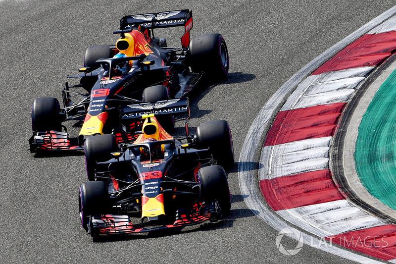 Max Verstappen, Red Bull Racing RB14 e Daniel Ricciardo, Red Bull Racing RB14