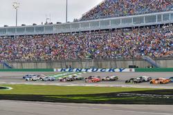 Martin Truex Jr., Furniture Row Racing, Toyota Camry Auto-Owners Insurance, Ryan Blaney, Team Penske, Ford Fusion DEX Imaging