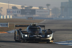 #5 Action Express Racing Cadillac DPi, P: Жоау Барбоза, Філіпе Альбукерк, Крістін Фіттіпальді
