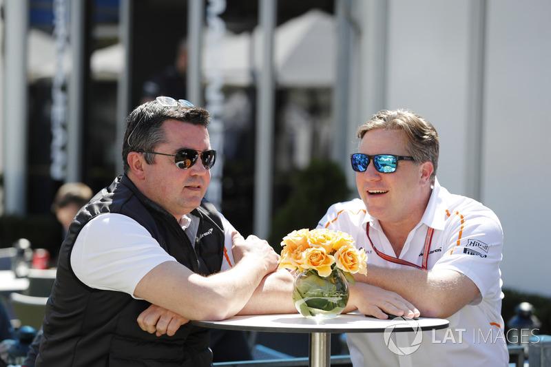 Eric Boullier, Direttore Corse, McLaren, e Zak Brown, Direttore Esecutivo, McLaren Technology Group