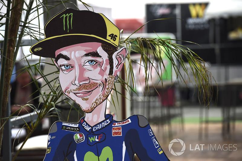 Фігура Валентино Россі, Yamaha Factory Racing