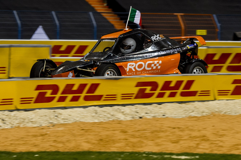 Enzo Bonito de Team Simracing All Stars conduciendo el ROC Car